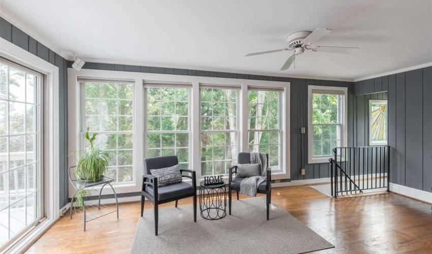 Picture 9 of 420 Longview Terrace
