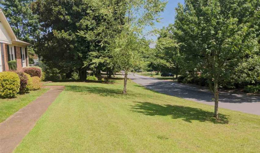 Picture 4 of 4625 Coach Hill Drive