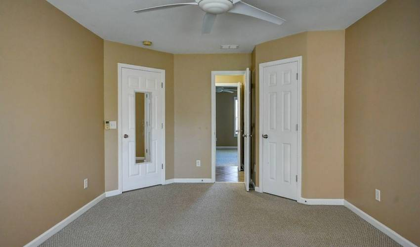 Picture 32 of 16 Springhead Way