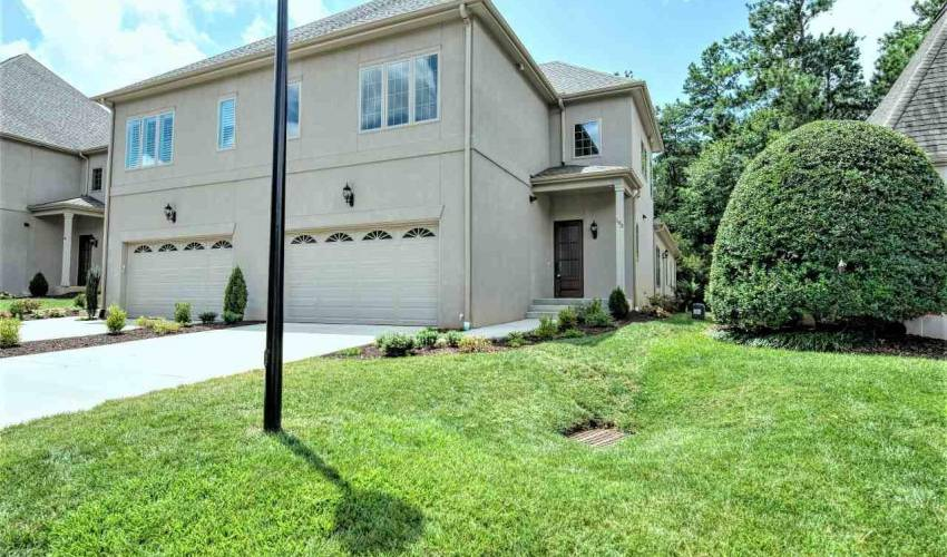 Picture 1 of 103 Castellan Drive