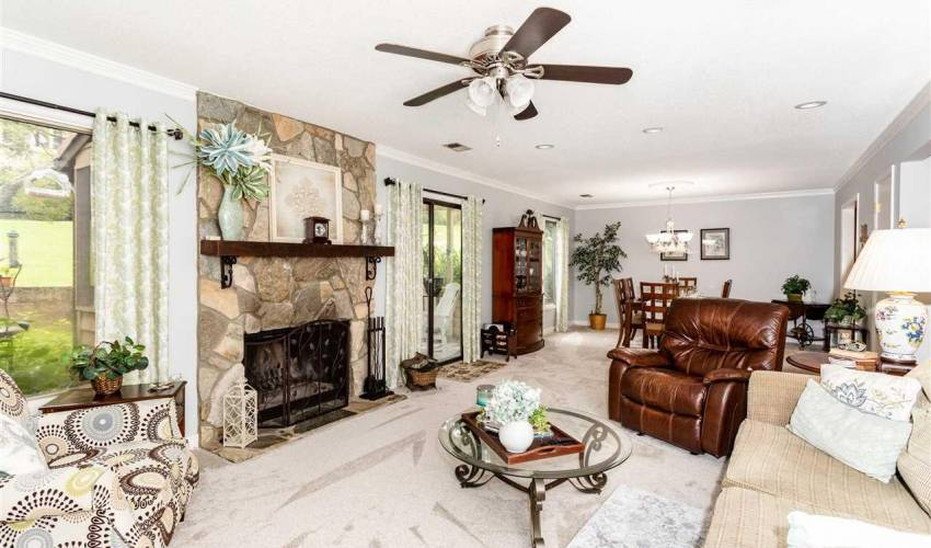 Picture 6 of 319 Skylark Circle