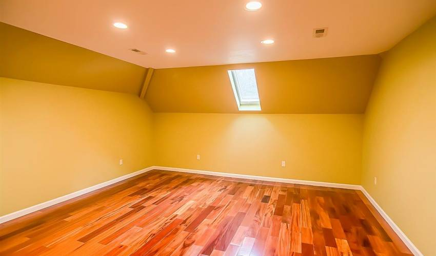 Picture 27 of 125 Kingswood Circle