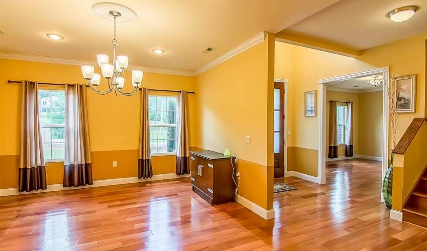 Picture 6 of 125 Kingswood Circle