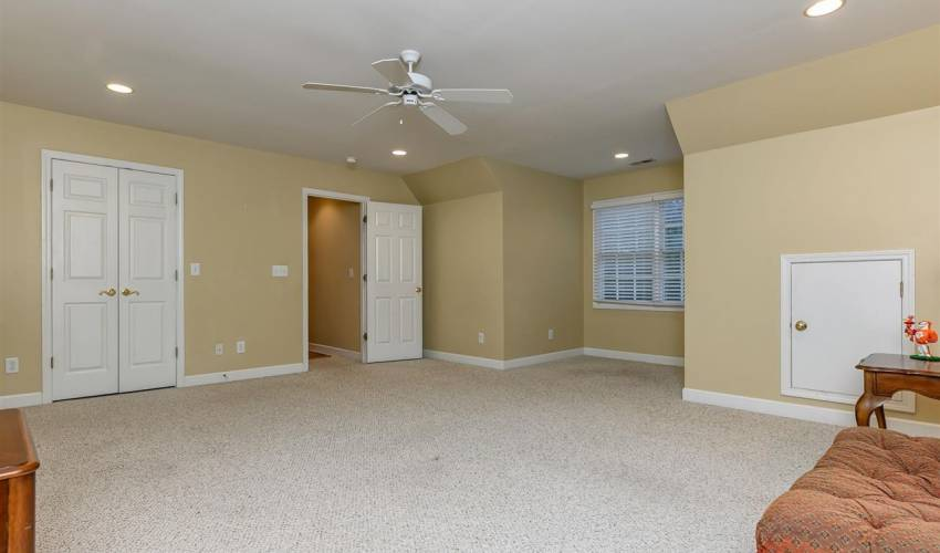 Picture 27 of 111 Planterswood Court