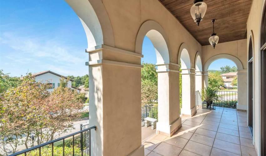 Picture 24 of 601 Villagio Drive