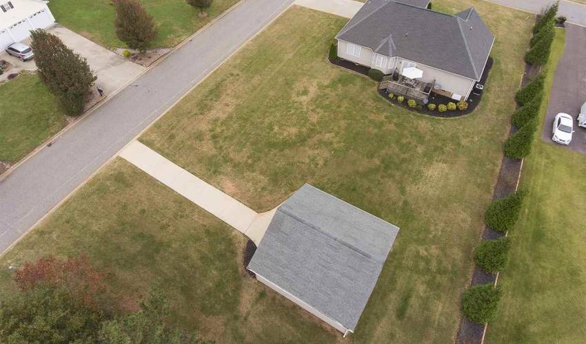 Picture 11 of 618 Mandeville Drive