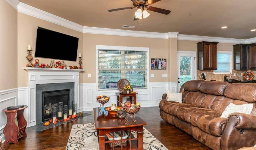Picture 12 of 167 Wild Hickory Circle