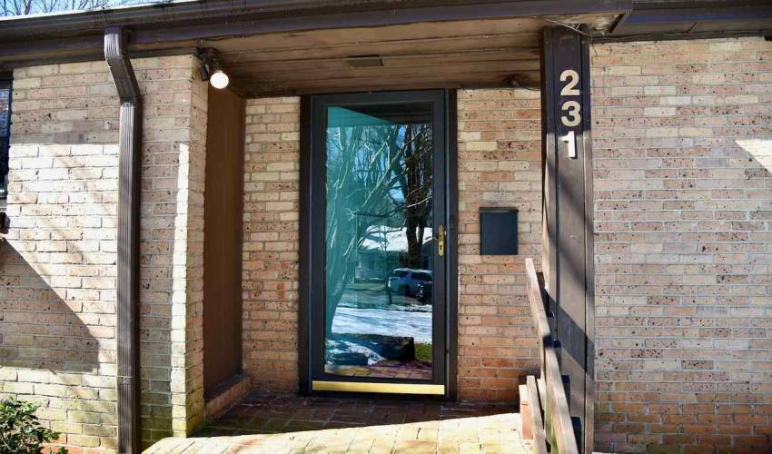Picture 27 of 231 E Avondale Drive