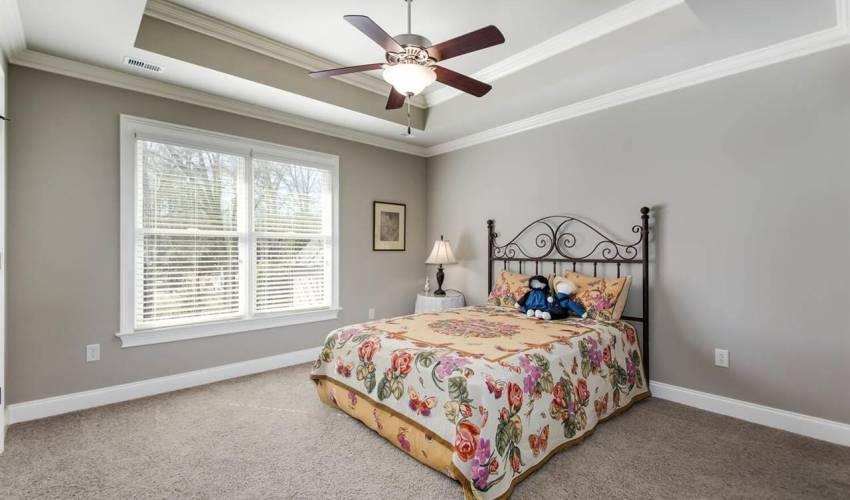 Picture 27 of 123 Charleston Oak Lane