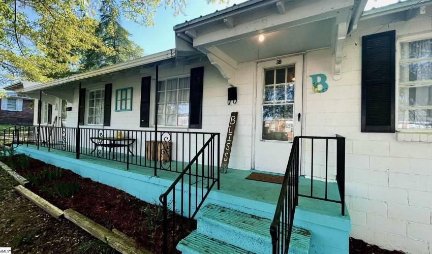 Picture 1 of 3 Louisiana Street