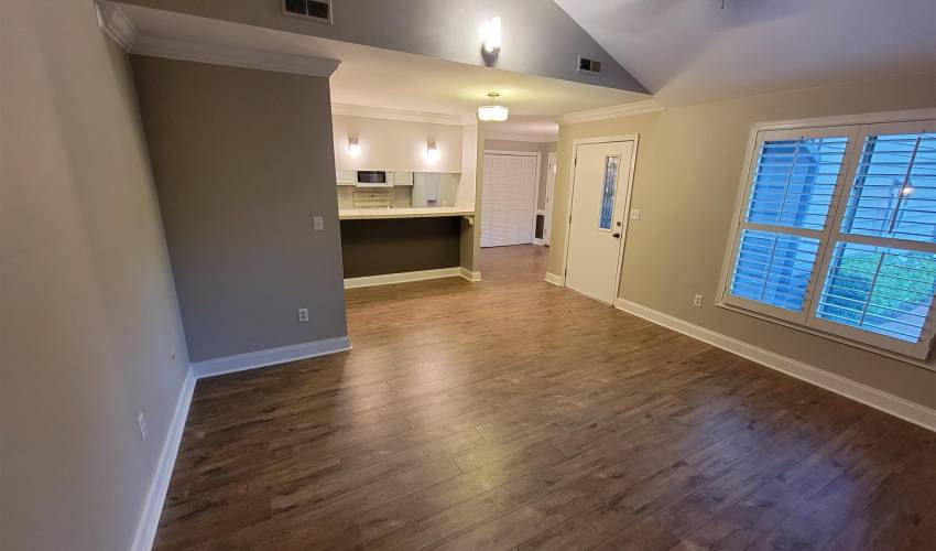 Picture 5 of 314 Skylark Circle