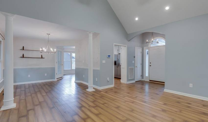 Picture 6 of 203 Flagstar Court
